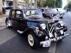 Citroën 11 CV (1954).