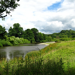 The River Severn looking downstream near Apley.