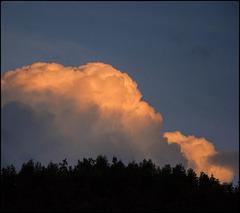 Núvols al crepuscle