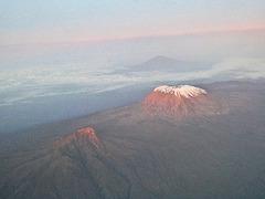 Kilimanjaro (Tanzanie) 16 mars 2020. Vol Paris-Orly > Saint-Denis de la Réunion.