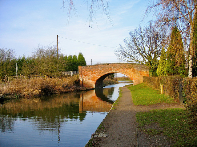 Huddlesford Bridge/Plough Bridge No.83 Coventry Canal