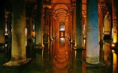 Cisterna Basilica (Yerebatan Sarnıcı) - ein gigantisches spätantikes Bauwerk - A Gigantic Late Antique Monument (6th century A.D.)