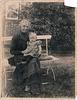 Rebecka Martens mit Enkeltochter Käthe Quast