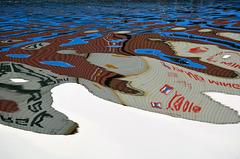 Reflets sur le Rhône