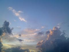 Nuages dans un ciel de Toscane