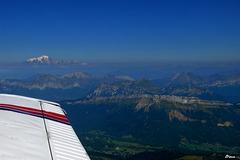 """En """"Piper Archer"""", vue sur le Mont Blanc ytaversée des Alpes Françaises"""