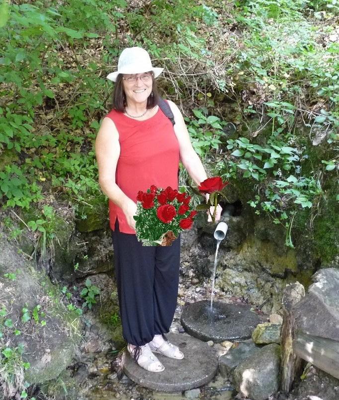 MARIE des roses à la source