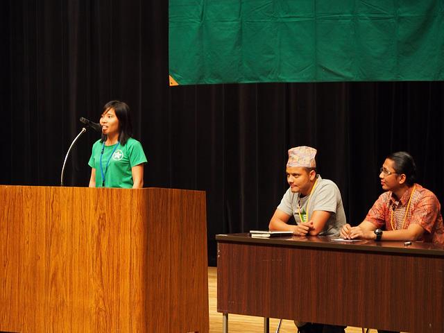 アジア4か国からエスペランティストが来賓として参加  Esperantistoj de 4 landoj en Azio partoprenis kiel invititoj.