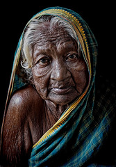 old woman of Hampi