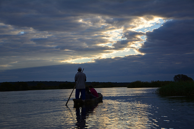 Sonnenuntergang am Sambesi River