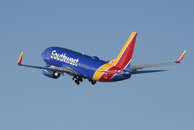 Southwest Airlines Boeing 737 N7712G