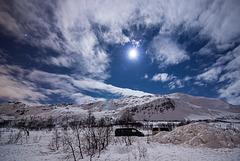 Full moon over Kvaløya