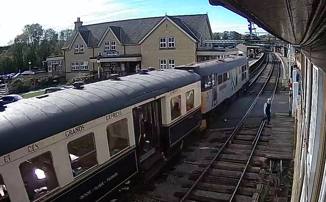 Webcam: Wansford station