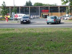 Mahlower Straße in Teltow, in Höhe Neue Wohnstadt
