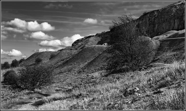 Escarpment B&W