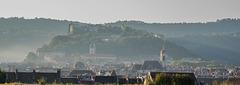 BESANCON: La ville, la citadelle depuis les Glacis.