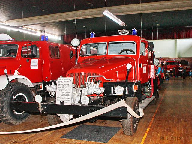 Feuerwehr Tanklöschfahrzeug TLF 15 auf Basis eines Horch G5