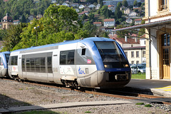 MORTEAU: Arrivé du TER N° 96419 ( Besançon Viotte - LA Chaux de Fonds CH ).