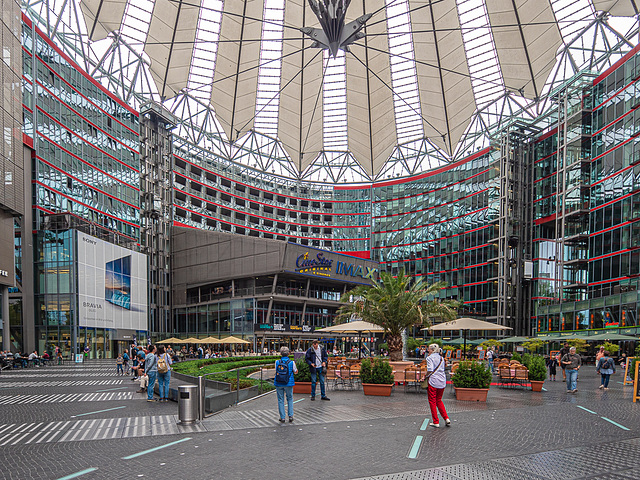 Sony Center, Berlin (HFF)