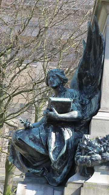 gladstone memorial, liverpool