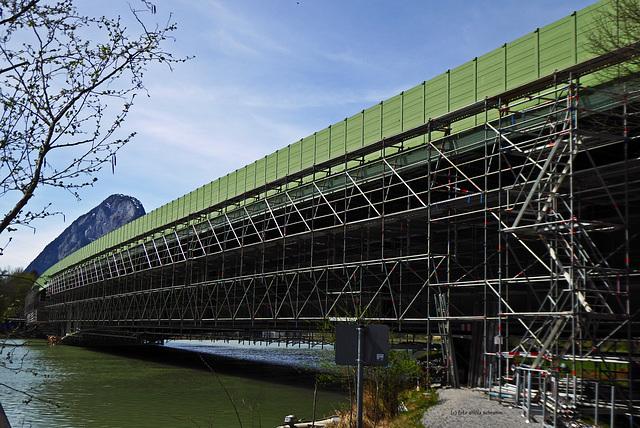 Autobahnbrücke - die grüne Brücke über den grünen Inn (3x PiP)