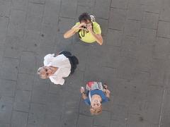 Sous l'ombrière quai de la Fraternité à Marseille
