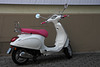 Moped mit Rosa