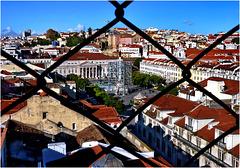 Lisboa : Praça Don Pedro y Teatro National Maria II - (571)