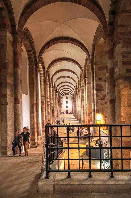 Im Dom zu Speyer - Seitenschiff (2xPiP)