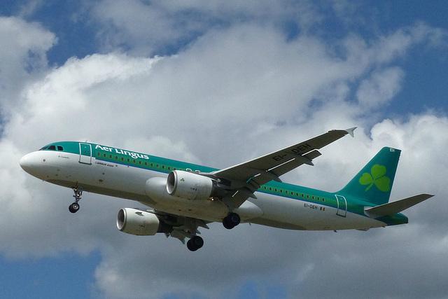EI-DEH approaching Heathrow - 6 June 2015