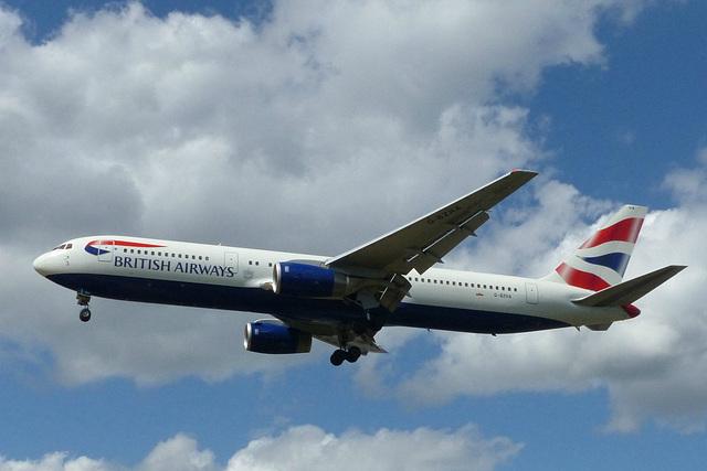 G-BZHA approaching Heathrow - 6 June 2015