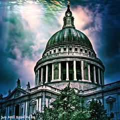 St Paul's God Ray   (see below) *