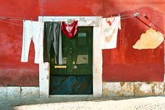 Portugal. Lisbon. Alfama. 200909 ... ♫ ♪ ♪ ♫