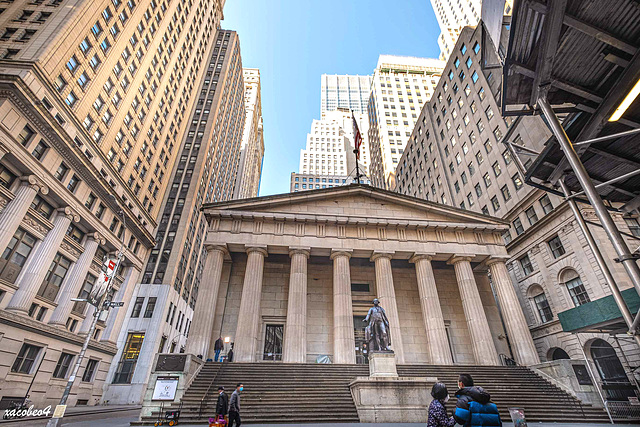Federal Hall is temporarily closed as of 3/16/20.