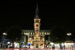 Am Rathausmarkt in Hamburg (2xPiP)