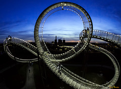 Looping with a view