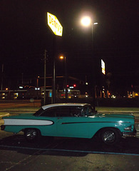 Denny's old rod of yester years / Belle d'autrefois chez Denny's