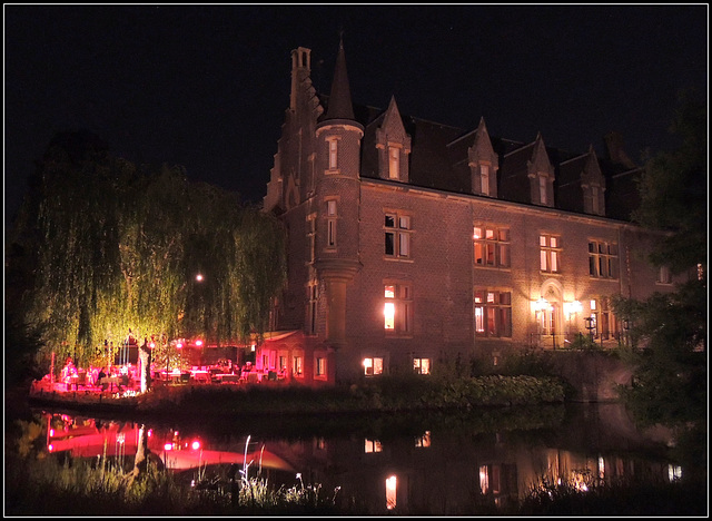 Castle Night   15/8/2013