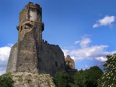 La tour du chateau Tournoël ( Auvergne)