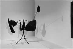 """""""Les boucliers"""" (Alexander Calder - 1944)"""