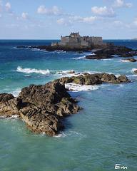 Le Fort National devant Saint Malo