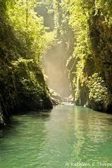 Lake Como - waterfall 060814-004