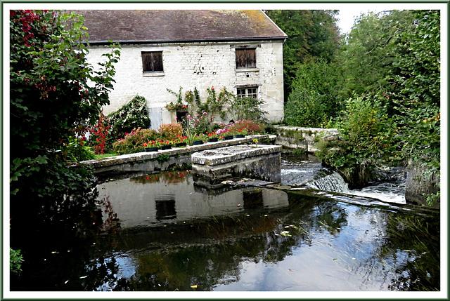 Moulin à eau et ancienne clouterie - Avilly