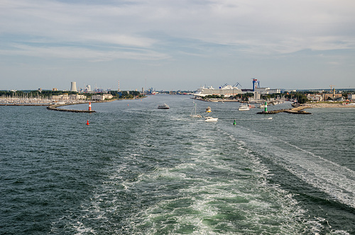 Hafenausfahrt Warnemünde