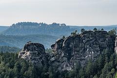"""Sandsteinfelsgruppe """"Gamrig"""" bei Rathen, Sächsische Schweiz"""
