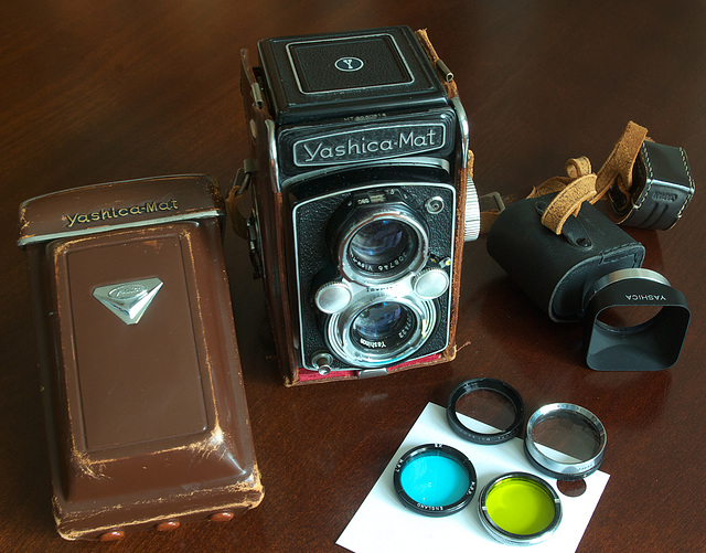 Yashica-Mat Equipment