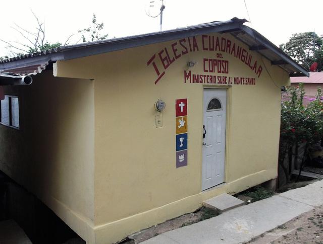 Église quadrangulaire