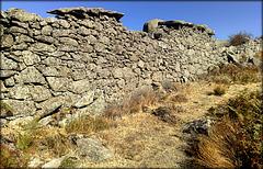 Las Machotas, dry-stone wall
