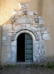 il portale di Notre Dame du Château d'Ultrère