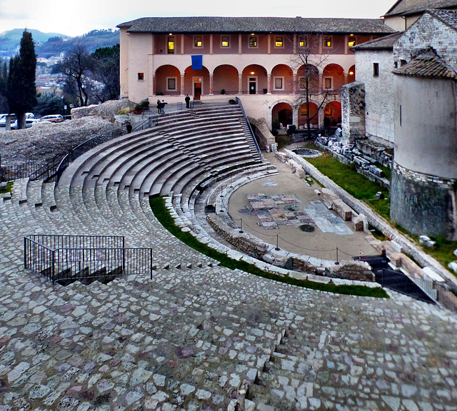 Spoleto - Roman theater
